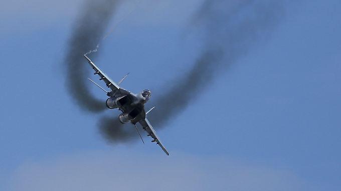 """Nato-Codename """"Fulcrum"""": Eine Mikojan-Gurewitsch Mig-29 im Show-Vorbeiflug (Archivbild)."""