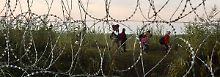 Video: Flüchtlinge wollen raus aus Ungarn