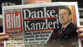 """Die """"Bild""""-Zeitung lobte Schröder für seinen Abgang - aus Sicht seiner Nachfolgerin war dies ein Fehler, der ihr nie unterlaufen wäre."""