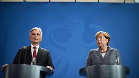 Streit um Flüchtlingsquoten: Merkel und Faymann setzen auf EU-Sondergipfel
