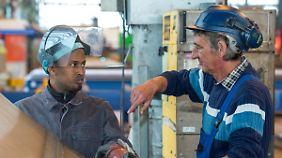 Rufe nach mehr Verantwortung: Deutsche Wirtschaft sieht Flüchtlinge als Chance