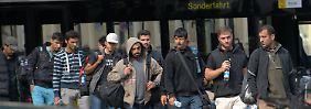 """Freiwillige helfen in Wilmersdorf"": Wie Helfer am Flüchtlingschaos verzweifeln"