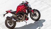 Starkes Nakedbike: Ducati schlägt mit Monster 1200 R zurück