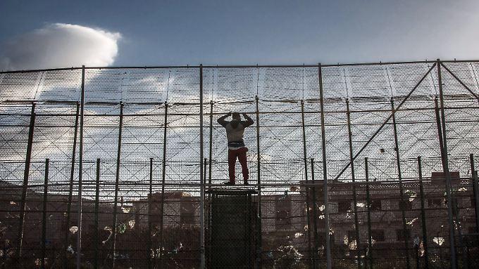 """Grenzzaun an der Grenze zwischen Marokko und Spanien nahe der Enklave Melilla: Hier verläuft laut Leggeri die """"wahre Grenze"""", die es zu sichern gelte."""