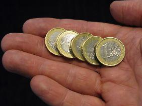 Die Regelsätze sollen um fünf Euro steigen.