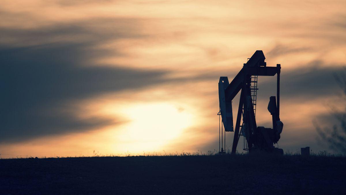 Ölpreise könnten sich nach Kürzungsbeschluss stabilisieren - Heizölpreise günstig wie lange nicht!