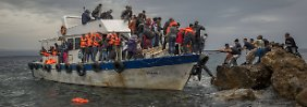 Der Weg der Schlepperboote könnt künftig nicht mehr nach Lesbos, sondern direkt nach Italien führen.