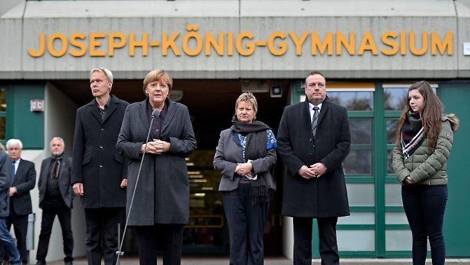 Anteilnahme in Haltern: Merkel besucht Hinterbliebene der Germanwings-Opfer