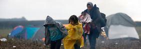 n-tv an serbisch-kroatischer Grenze: Kälte und Nässe verschärfen Elend der Flüchtlingen