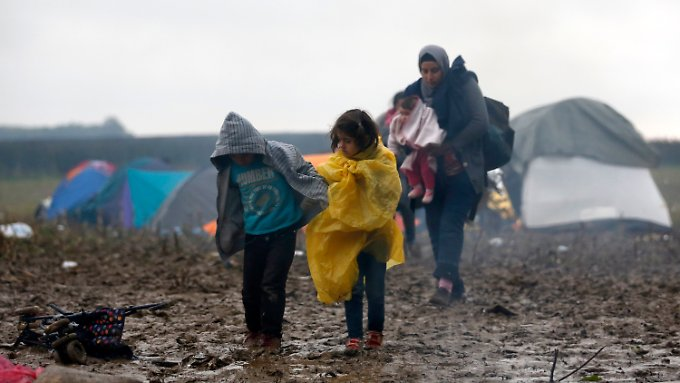 n-tv an serbisch-kroatischer Grenze: Kälte und Nässe verschärfen Elend der Flüchtlinge