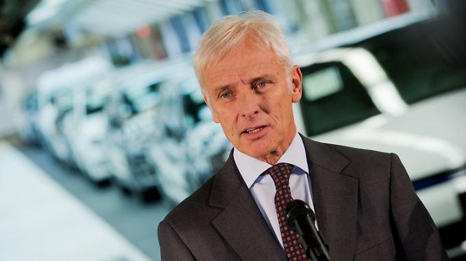 """VW-Chef Müller in Wolfsburg: """"Sind überzeugt, dass wir aus Krise schadlos herauskommen"""""""