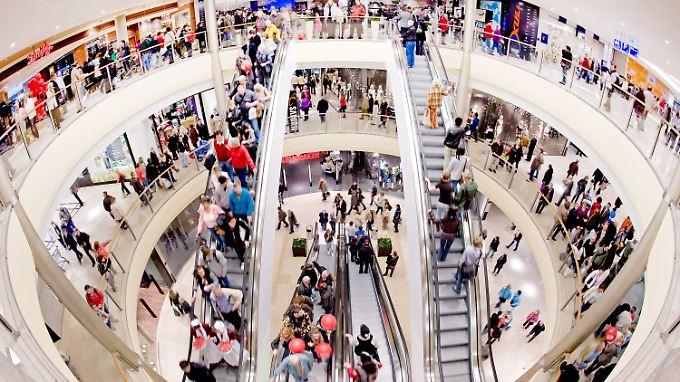 """Die """"gute Konsumlaune"""" der Deutschen ist laut IW eine wichtige Stütze der Konjunktur."""