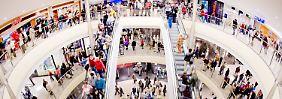 Der Weihnachtseinkauf kann beginnen: Die Verbraucherpreise bleiben auch am Jahresende niedrig.