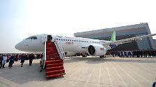 Konkurrenz für Boeing und Airbus?: China präsentiert die C919