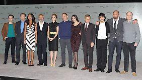 Fiennes (2.v.l.,) Harris (3.v.l.), Wishaw (3.v.r.) und der Mann, der alles arrangiert hat: Sam Mendes (4.v.l.).