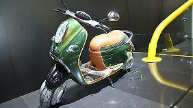 Roller von Mini: Ob die Parallel zu Smart zeigt auch die BMW-Tochter Kompetenz auf zwei Rädern.