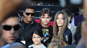 Wer sind die wahren Väter?: Neue Spekulationen um Michael Jacksons Kinder