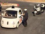 Die Überraschung muss groß gewesen sein, als der Officer das Google-Car stoppte.