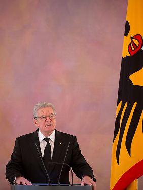 Joachim Gauck ist seit März 2012 Bundespräsident. Er gehört keiner Partei an.