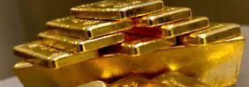 Niveau wie Februar 2010: Goldpreis fällt und fällt