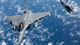 Luftschläge in Syrien: Putin will gemeinsam mit Paris gegen IS kämpfen