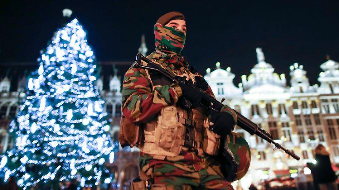 Höchste Terrorwarnstufe: Lage in Brüssel bleibt angespannt