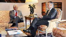 Antonio Costa (links) bei Staatschef Anibal Cavaco Silva.