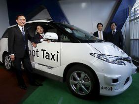 """Die japanischen Unternehmen Dana und ZMP wollen mit dem """"Robot Taxi"""" den Verkehr in den Innenstädten revolutionieren."""