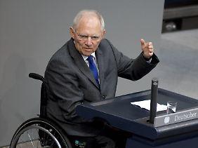 Bundesfinanzminister Wolfgang Schäuble muss sich Gedanken machen - Stillstand führt offenbar zu mehr Schulden.