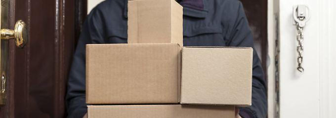 Der Onlinehandel zeigt in allen möglichen Bereichen der  Gesellschaft Auswirkungen - besonders aber bei der Zustellung von Paketen.