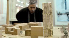 """Frank Gehry plant dieses Hochhaus, den """"Hines-Tower"""", auf dem Alexanderplatz."""