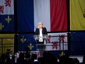 Marine Le Pen und ihr Front National landen bei der Regionalwahl bei fast 30 Prozent.