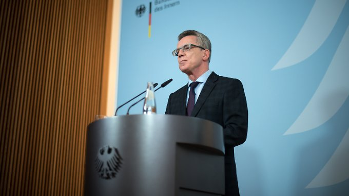 De Maizière will den Bericht im Frühjahr vorstellen.