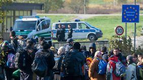 Auch Österreich verschärft Kontrollen: Immer mehr Flüchtlinge an deutscher Grenze zurückgewiesen