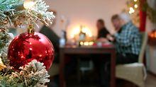 Flüchtlinge: Würden Sie Flüchtlinge Weihnachten zu sich einladen?