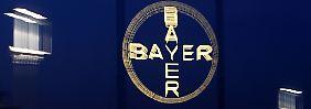 Panne bei Blockbuster Xarelto?: Bayer-Aktien rauschen abwärts