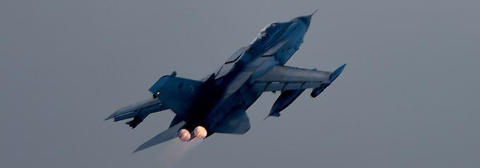 """Ein Kampfjet vom Typ """"Tornado"""" der deutschen Luftwaffe."""