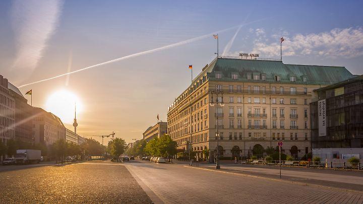 Das Hotel Adlon in Berlin am Pariser Platz bietet spezielle Zimmer für Muslime.
