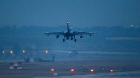 Bundeswehreinsatz in Syrien: Deutsche Tornados erreichen Nato-Basis in der Türkei