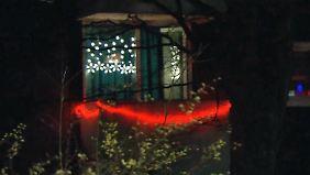 Irritierende Lichterkette: Mutmaßliches Bordell erregt Gemüter in Kaarst