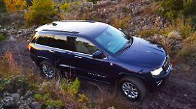 Die luxuriöseste Art der Geländefahrt bietet der Jeep Grand Cherokee.