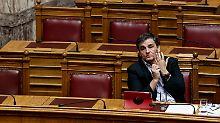 Parlament billigt neue Reformen: Athen macht Weg für weitere Hilfsmilliarde frei