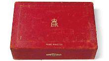 Gepäck für Staatsgeheimnisse: Geheimkoffer der Eisernen Lady versteigert