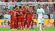 """""""Beim FC Bayern ist ein Haifischbecken. Da muss man den Haien eben auch ab und zu einen Fisch hinwerfen."""""""