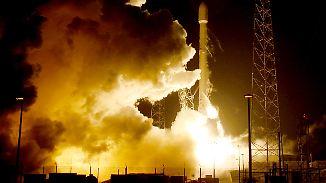 SpaceX feiert Sensation: Trägerrakete kehrt unbeschadet aus dem All zurück