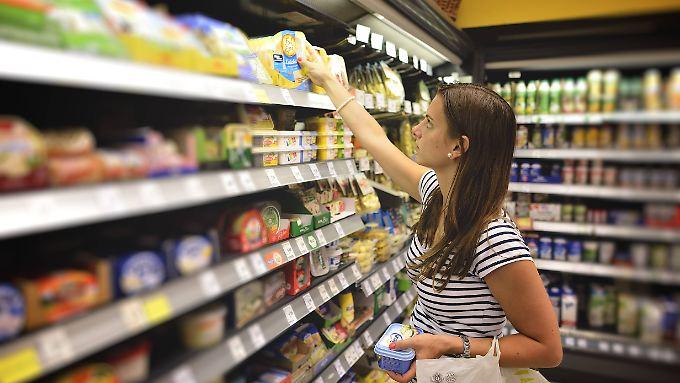 Nährwerte müssen künftig pro 100 Gramm angegeben werden. So lassen sich Produkte besser vergleichen.