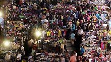 Belebter Basar in Kairo: Auch Ägypter waren unter den Befragten.