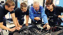 Für Kfz-Mechatroniker gibt es noch 4000 freie Lehrstellen.