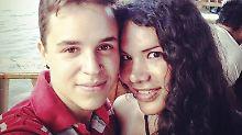 Fernando Machado und Diane Rodriguez auf einem Selfie.