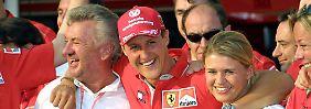 Michael Schumachers Frau Corinna erschien zur Ausstellung, sagte jedoch nichts zum Zustand ihres Mannes.